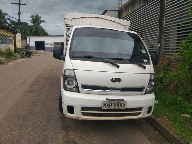 Vendo caminhão Kia bongo