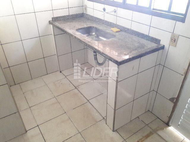 Casa para alugar com 3 dormitórios em Santa mônica, Uberlândia cod:862190 - Foto 9