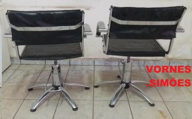 Cadeira Para Salão De Beleza E Barbeiro Hidráulica Giratória. O Valor é de Cada - Foto 3