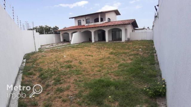 Casa de Conjunto com 4 quartos para alugar, 450 m² por R$ 5.000/mês - Parque Atlântico - S
