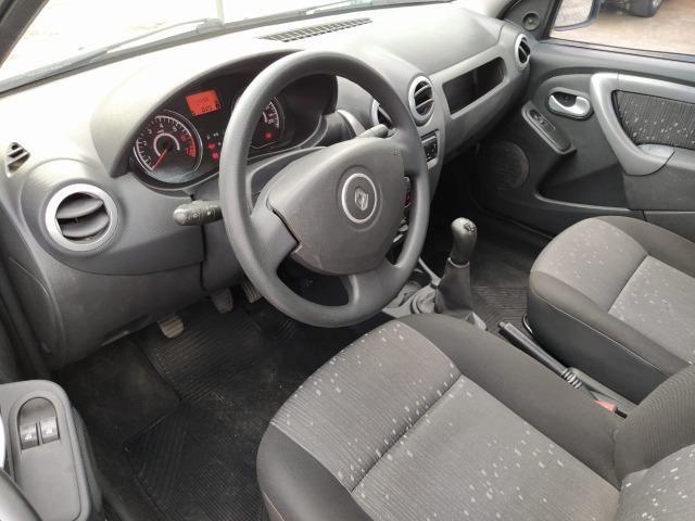 Renault Logan Expression Hi-Flex 1.0 16V 4p - Foto 7