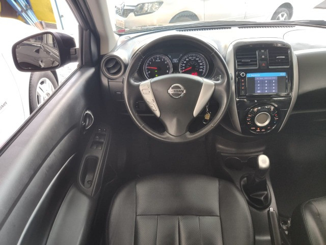 Nissan Versa 1.6 SL Manual 2019 - Foto 3
