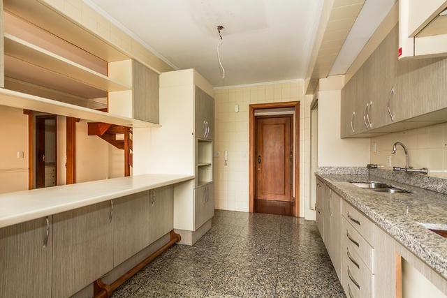 Cobertura, 4 dormitórios (2 suítes) ,garagem p/3carros Bairro Petrópolis - Foto 15