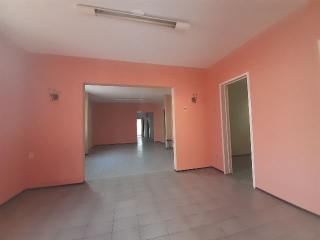 Centro - Casa Plana 308,00m² com 3 quartos e 2 vagas - Foto 6