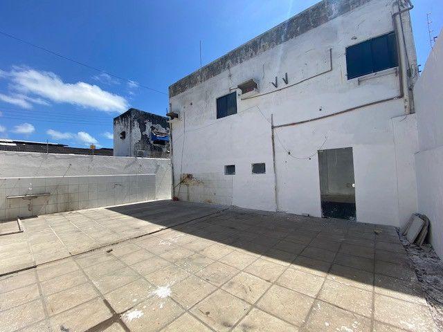 Imóvel comercial em Olinda na avenida PE-15, 9 salas, 12 vagas, 4 wc's - Foto 5