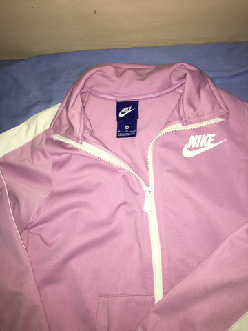 Conjunto Nike menina tamanho M juvenil  - Foto 2