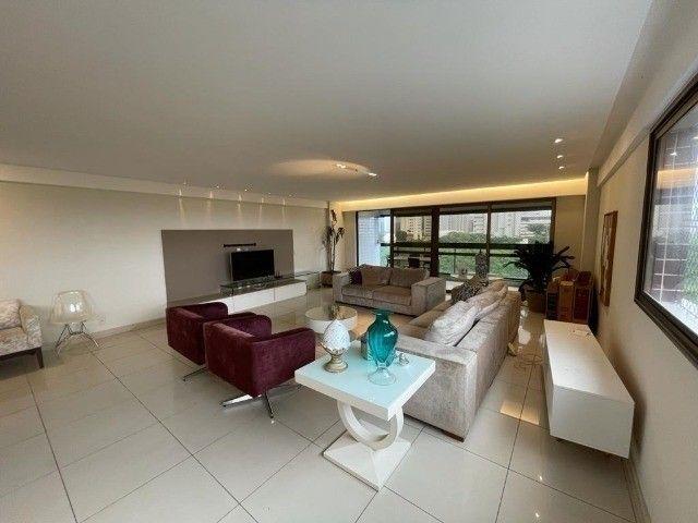 Apartamento dos sonhos em Boa Viagem, lindo, amplo, super amplo e bem localizado.