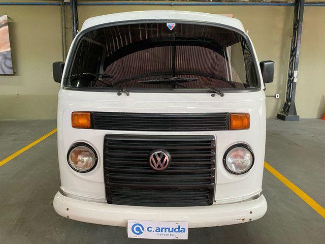 Volkswagen Kombi Standard 1.4 2011 - 9 Lugare