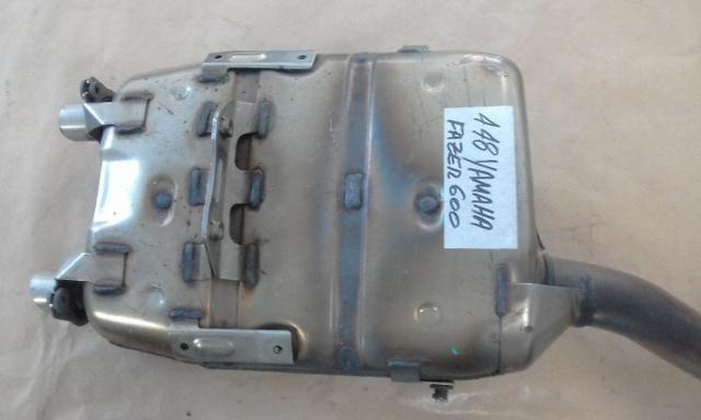 Escapamento original Yamaha Fazer 600