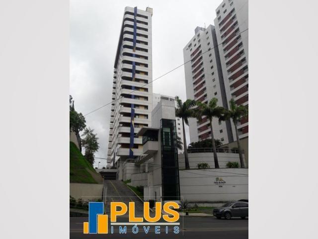 Condomínio Altos da Recife - 3 suítes/ split/armár