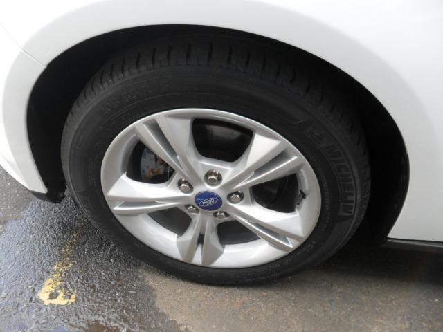 Ford Focus Hatch 1.6 Se super conservado, 14/15. Vende/troca/financia - Foto 5