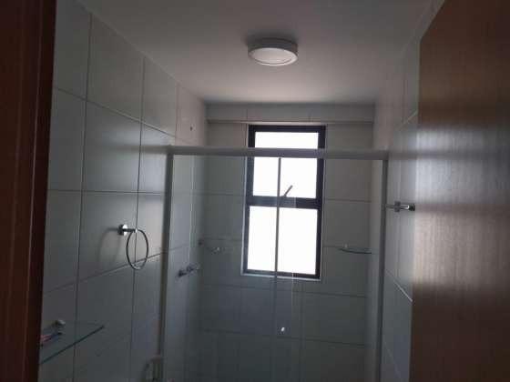 Vendo otimo apartamento com bela vista andar alto sombra 2 vagas cobertas petropolis - Foto 7