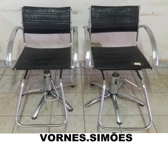 Cadeira Para Salão De Beleza E Barbeiro Hidráulica Giratória. O Valor é de Cada