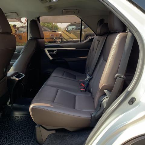 Toyota SW4 2017 7 lugares diesel - Foto 6
