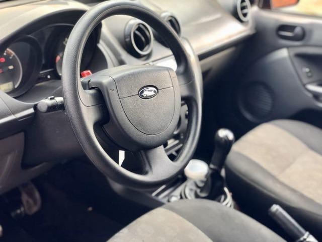 Ford Fiesta 2011 1.0 Completo - Foto 8
