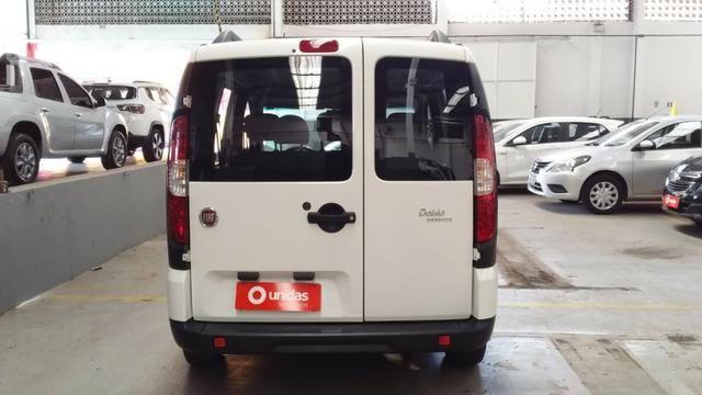 Fiat Doblo Essence 1.8 2018/2019 - Foto 6