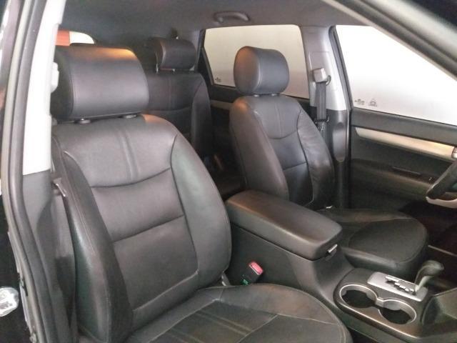 Kia Sorento 2.4 troco e financio aceito carro ou moto maior ou menor valor - Foto 8