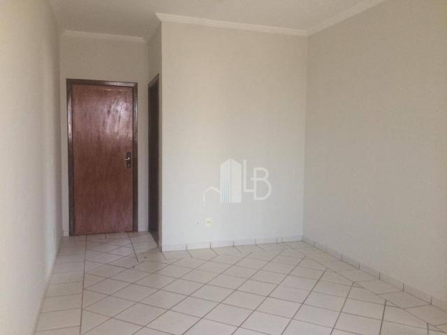 Apartamento para alugar, 50 m² por R$ 800,00/mês - Umuarama - Uberlândia/MG - Foto 2