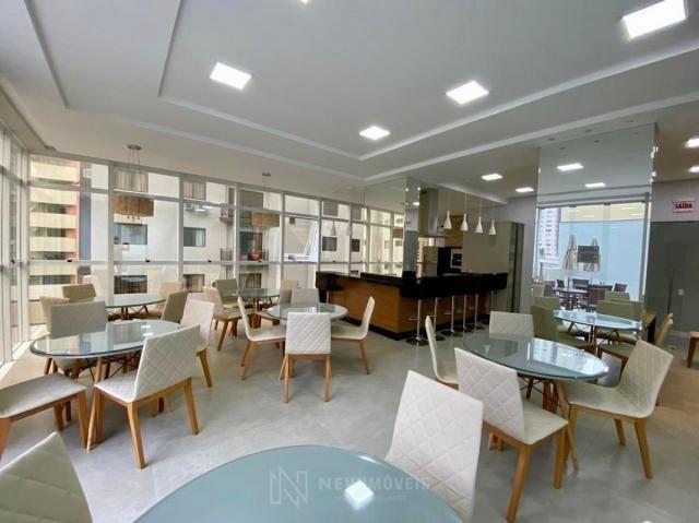 Apartamento andar alto com 3 Suítes 2 Vagas no Centro em Balneário Camboriú - Foto 8