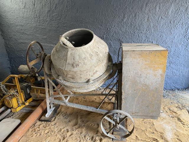 Betoneira 320 litros - Foto 2