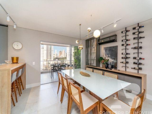 Apartamento mobiliado, equipado e decorado, 03 suítes, sacada com espaço gourmet, 02 vagas - Foto 6