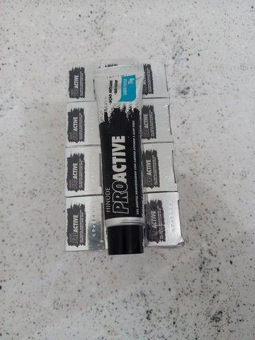 Cx. c/12 Pasta de dente branqueadora - carvão ativado - Foto 3
