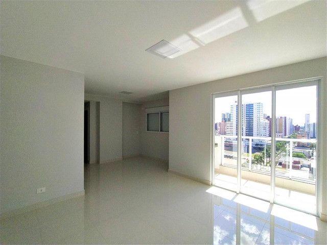 Locação   Apartamento com 81.26m², 2 dormitório(s), 2 vaga(s). Zona 01, Maringá - Foto 6
