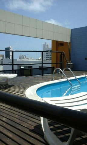 Studio em prédio novo a 150 metros do shopping Recife