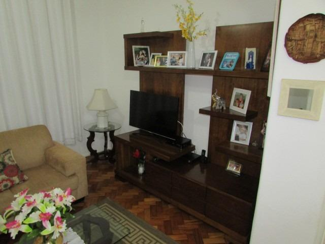 Belíssimo apartamento em Laranjeiras