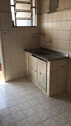 Apartamento na Penha 2 quartos sala, ótima planta - Foto 4