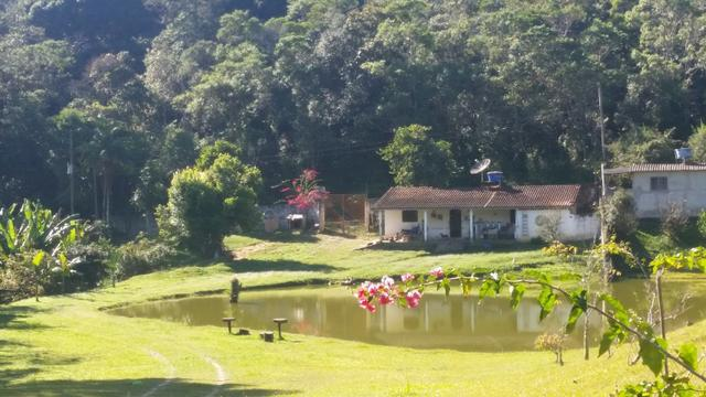 Sitio em São Lourenço da Serra / Juquitiba