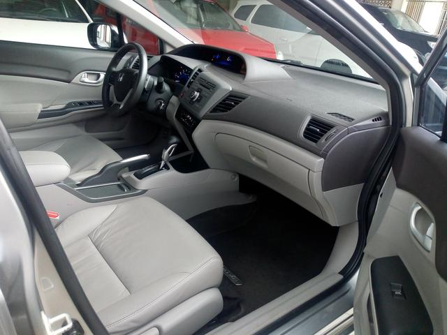 New Civic LXR automático 2014 bem cuidado - Foto 10
