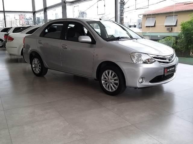 Etios Sedan XLS 1.5 unico dono - Foto 3