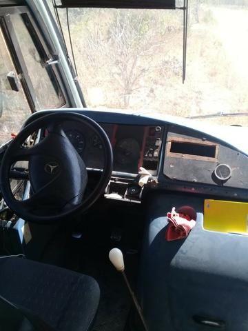 Microonibus MB 710 Comil 2002 - Foto 6