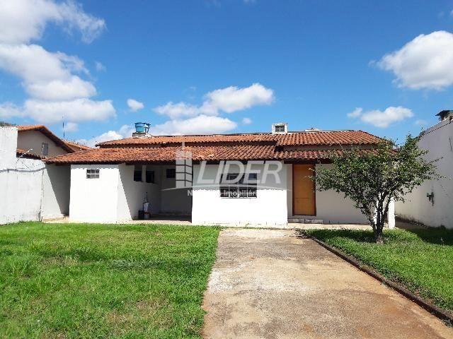 Casa para alugar com 3 dormitórios em Santa mônica, Uberlândia cod:862190