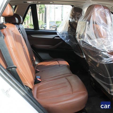 BMW X5 2016/2017 3.0 4X4 30D I6 TURBO DIESEL 4P AUTOMÁTICO - Foto 7