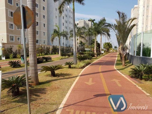 Apartamento mobiliado com 2 quartos no Cond. Lagoa Dourada - Jd. Acquaville, Londrina/PR - Foto 3