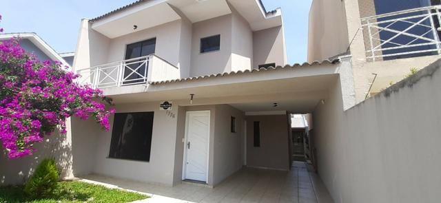 Sobrado com excelente localização no bairro Trianom / Guarapuava- PR