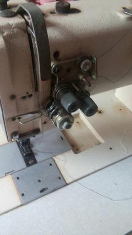 Maquina 2 agulhas - Foto 2