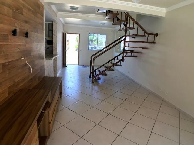 Excelente Casa Duplex no Condomínio Vila Dos Pássaros em Morada de Laranjeiras - Foto 3