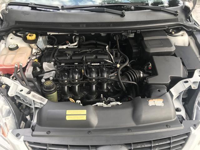 Ford Focus 1.6 Sedan Manual 2013 - Foto 5