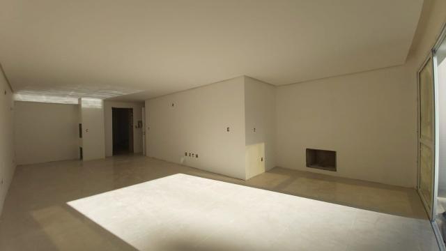 Apartamento de um dormitório na quadra do mar em Torres