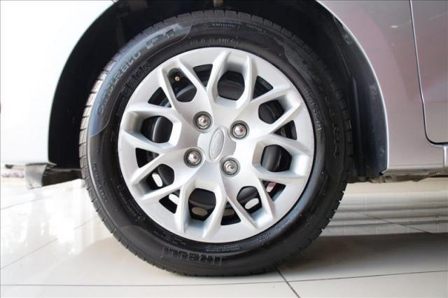 Ford ka + 1.0 se 12v - Foto 10