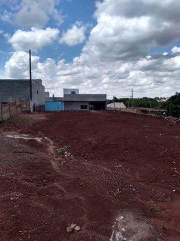 Vendo ou troco 1 terreno no  residencial Porto seguro em Mamborê