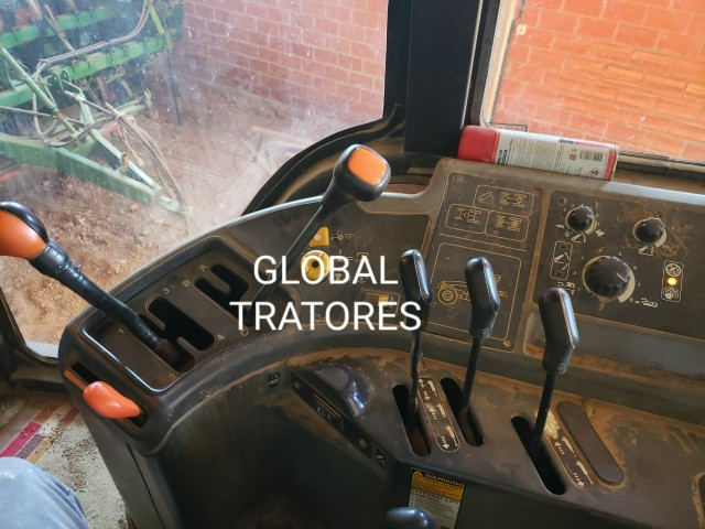 Oferta!!! Trator New Holland TM 120 - Foto 6