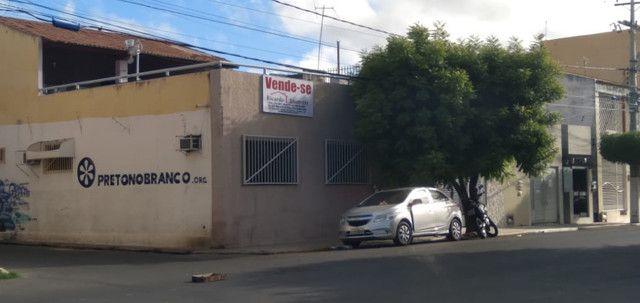 Casa na rua do Paraiso - A venda - Foto 4