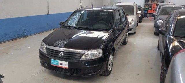 Renault Logan Authentique Hi-flex 1.0 4p 2012 - Foto 2