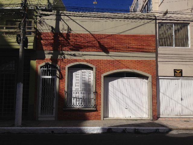 Excelente Casa central(Rua félix da Cunha)