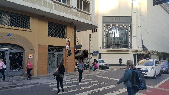 Apartamento a meia quadra da Avenida Paulista
