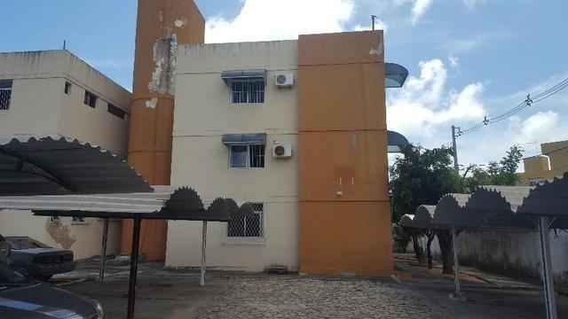 Apartamento em Capim Macio aceita financiamento